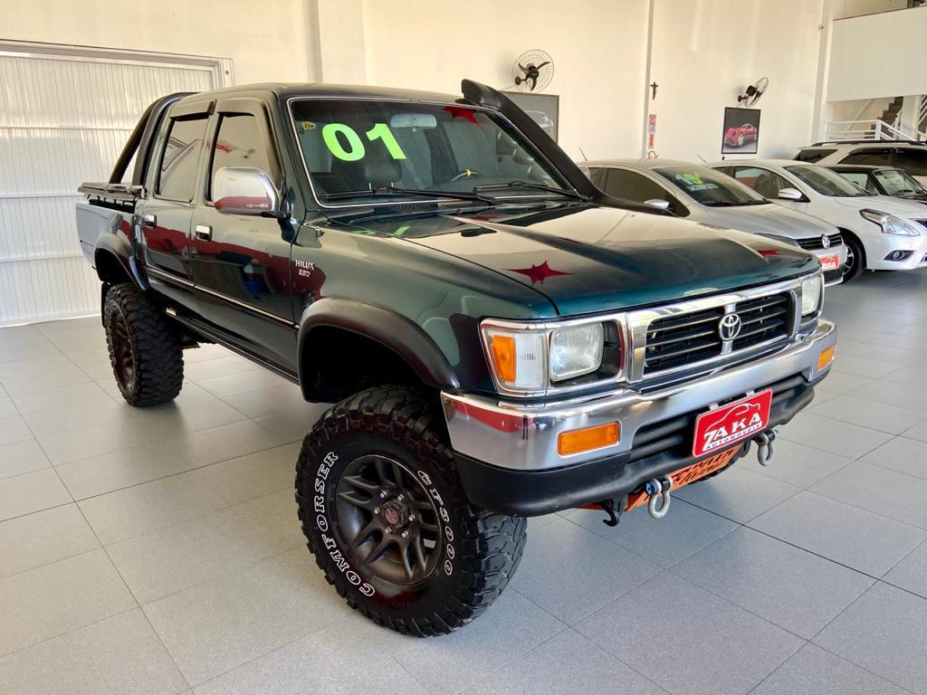 Hilux CD SR5 4x4 2.8 Diesel