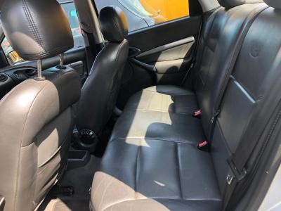 Focus Sedan 1.6 Mecânico